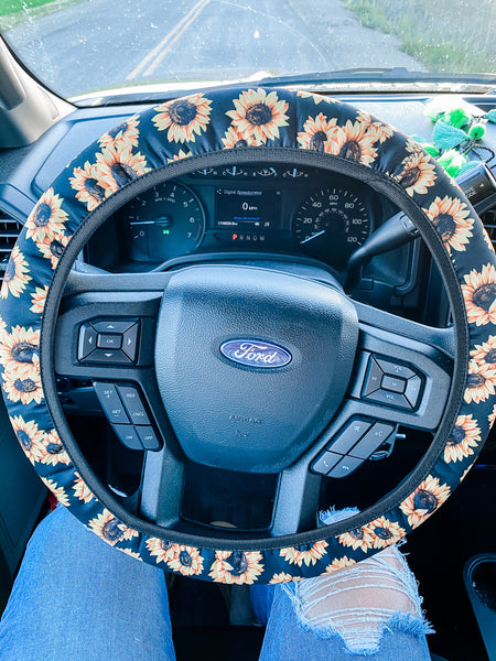 White Sunflower - Steering Wheel Cover
