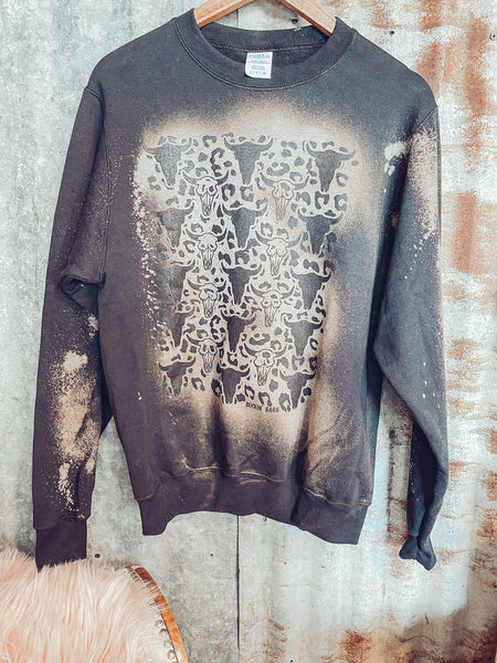 Bleached Skull Sweater - Reg + Plus