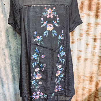 Two of a Kind - Embroidered Dress XL left