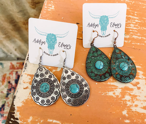 Amanda - Teardrop Earrings