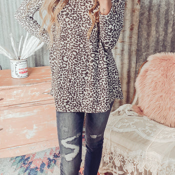 Meooow - Leopard Print Top- Reg. & Plus