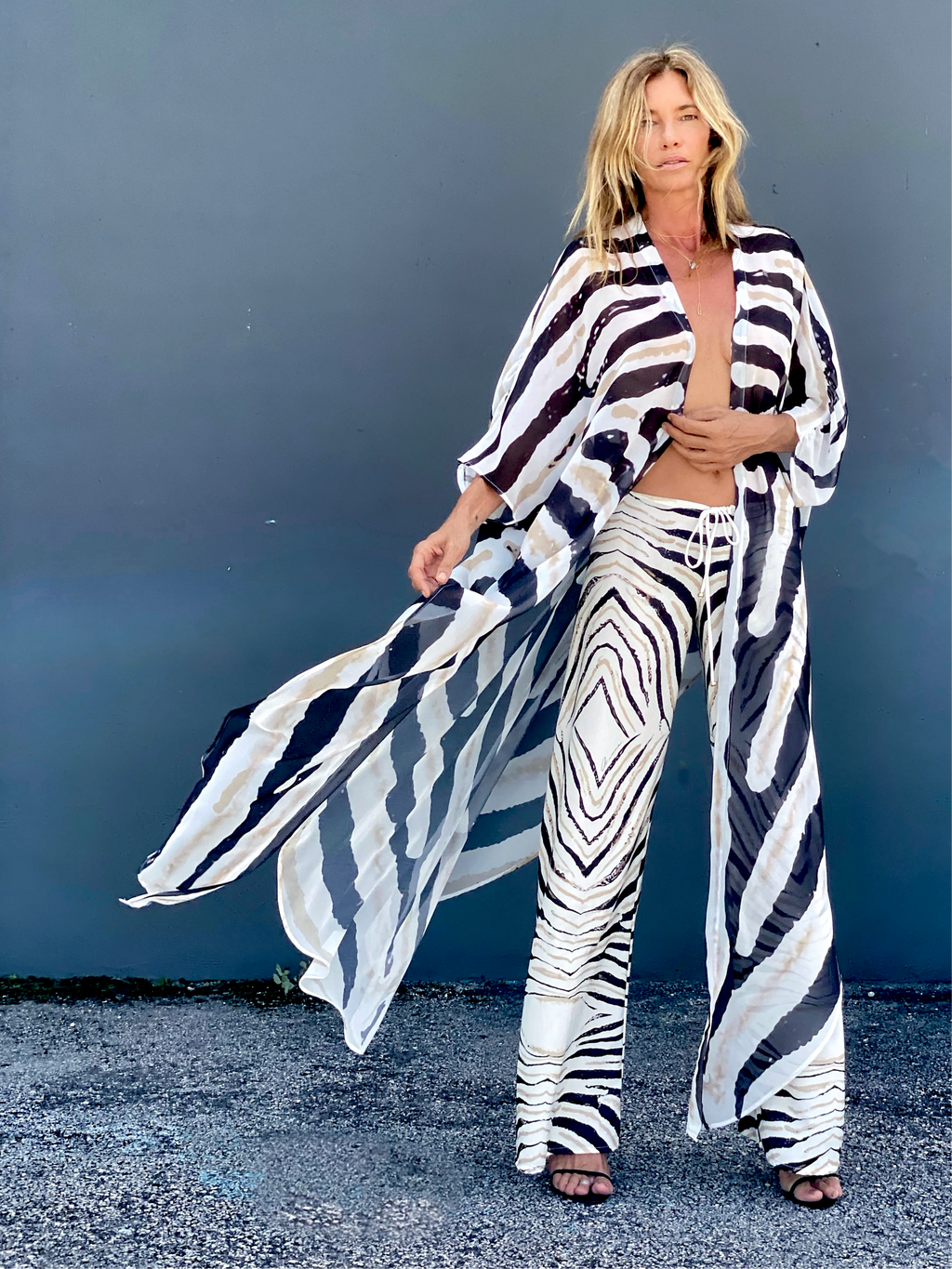 Erte kaftan Classic black and white Zebra