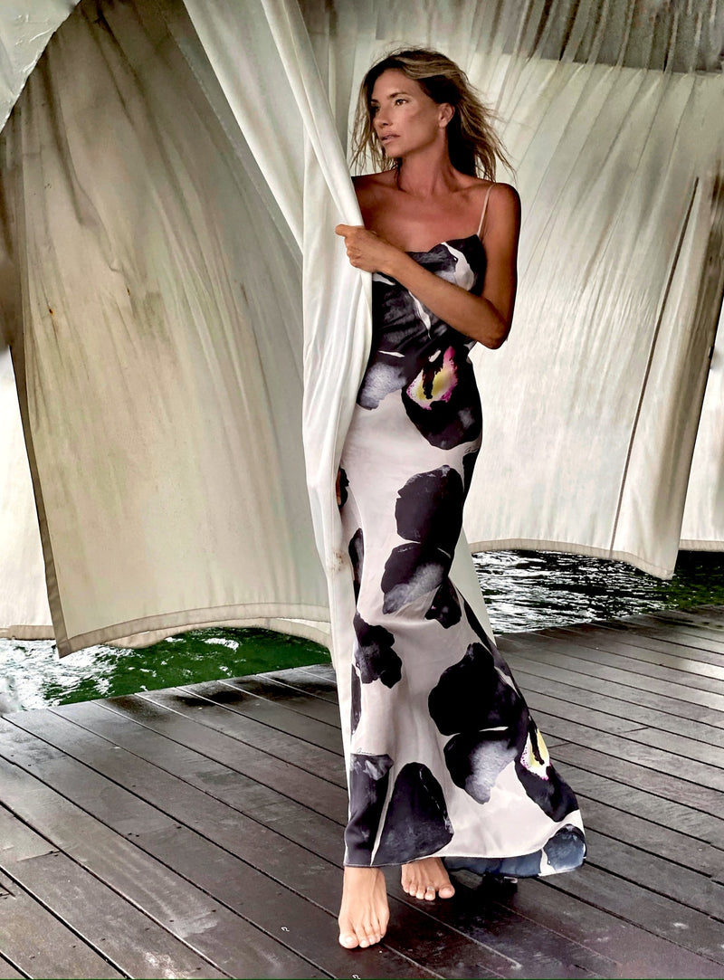 Priscilla long Dress Black Orchid
