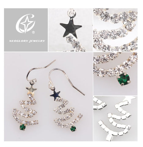 Swarovski Crystal Elements - Christmas Tree Design Earrings - Christmas Gift Idea