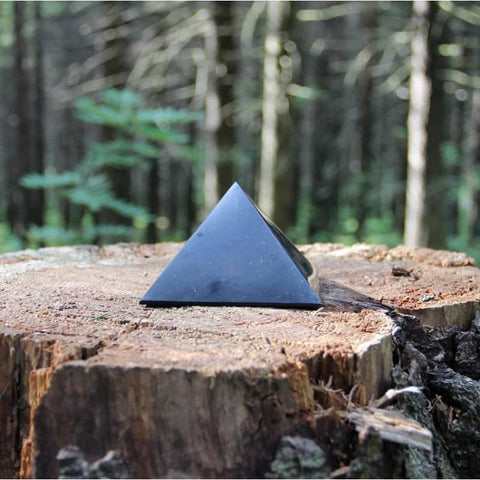 Shungite Pyramid 30mm - Purification, Protection and Stress - Crystal Healing - Gift Idea