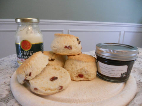 Taste of Tina's Traditional - 4 Cranberry Scones, Clotted Cream and Jam Gift Set