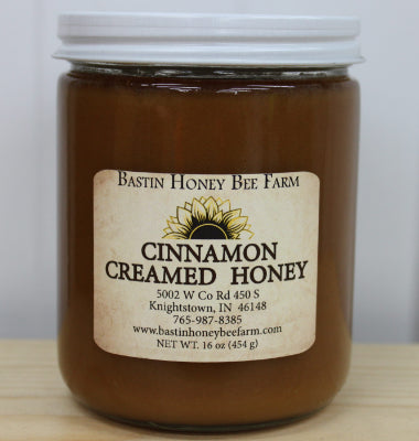 16 OZ CINNAMON CREAMED HONEY IN A GLASS JAR