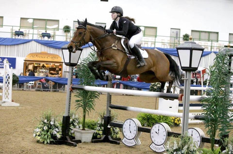 Grace Wallace sponsored show jumping rider for Eqclusive