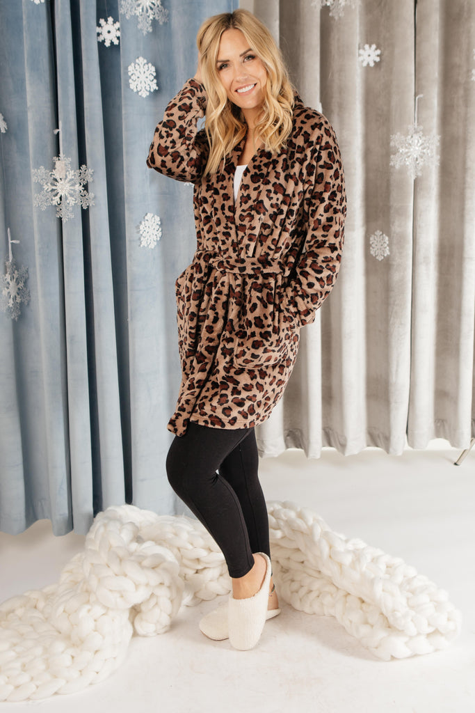 Some You Time Robe in Leopard