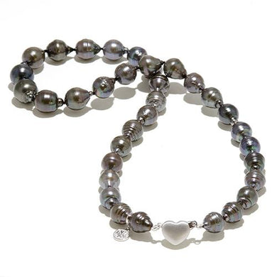 Tahitian Black Pearl Strand in 14K White Gold (8-12mm)