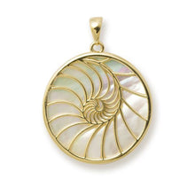 画像をギャラリービューアに読み込む, NAUTILUS MOTHER OF PEARL PENDANT IN 14K YELLOW GOLD