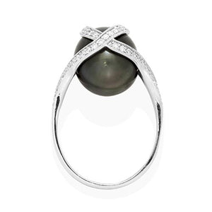 Tahitian Black Pearl Ring with Diamond in 18K White Gold