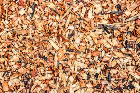 Mulch in the winter with wood chips