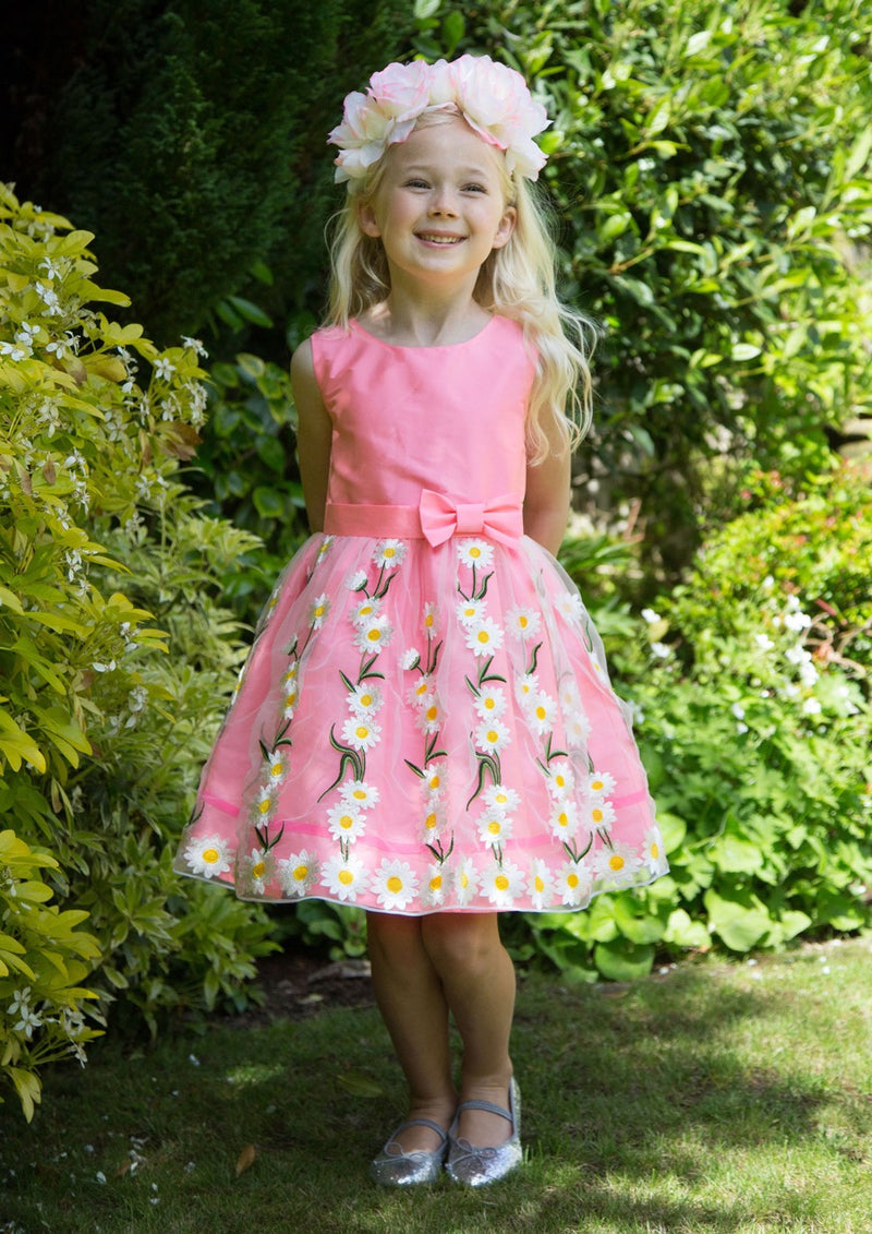 Flower Girls Dresses and Girls Occasion Dresses Perfect For Spring