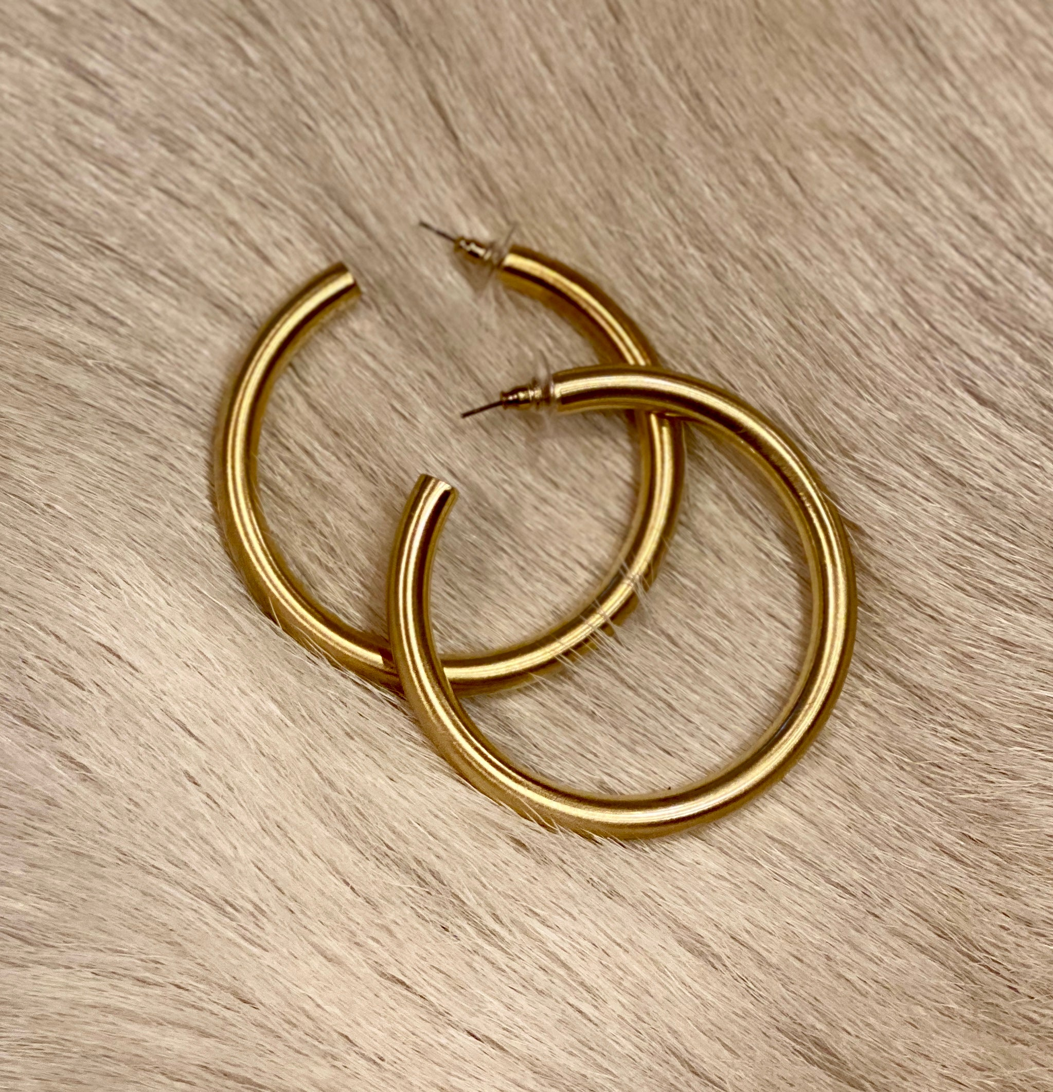 MORGAN HOOPS