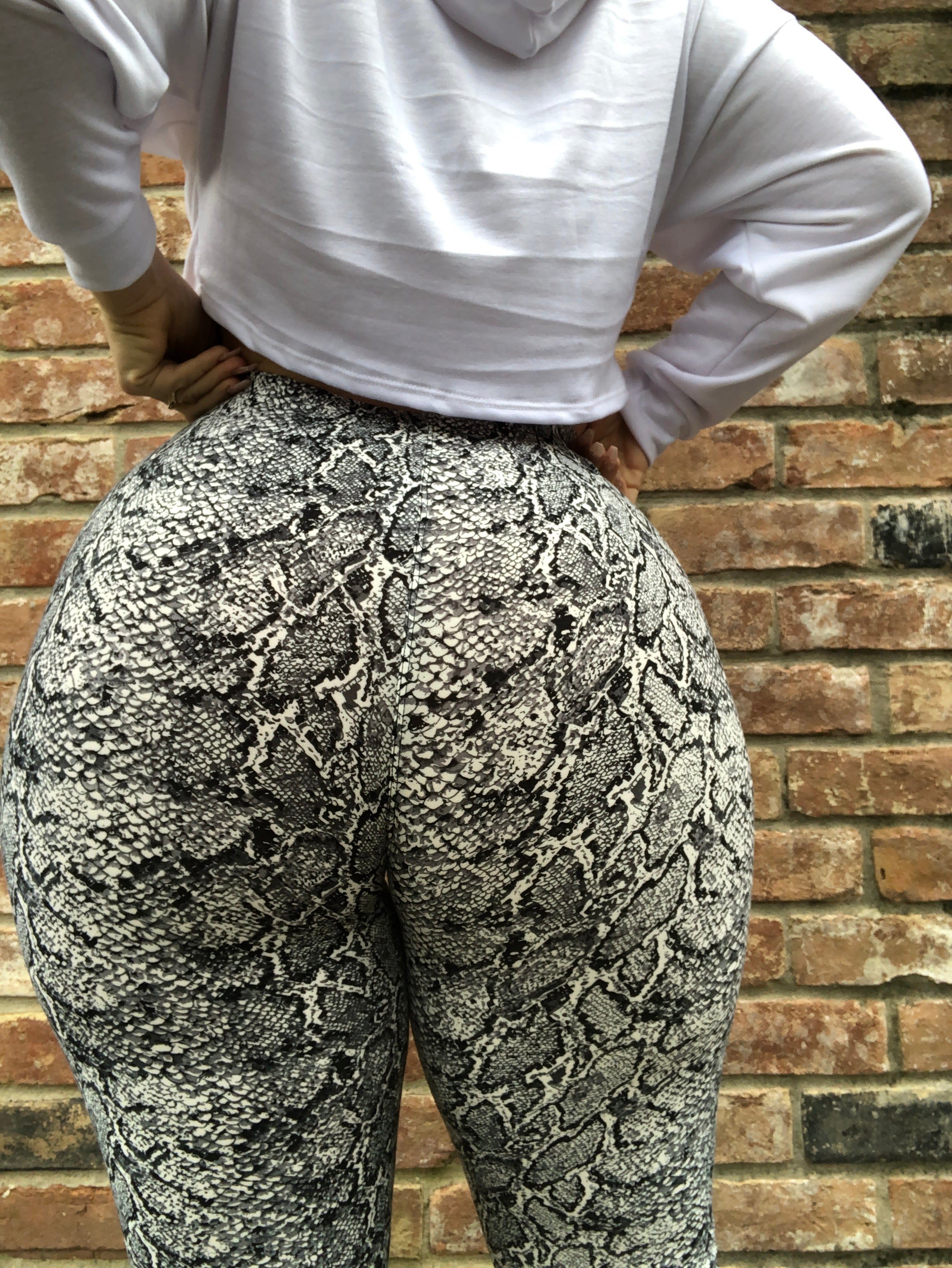 Wild Thoughts Snakeskin Legging