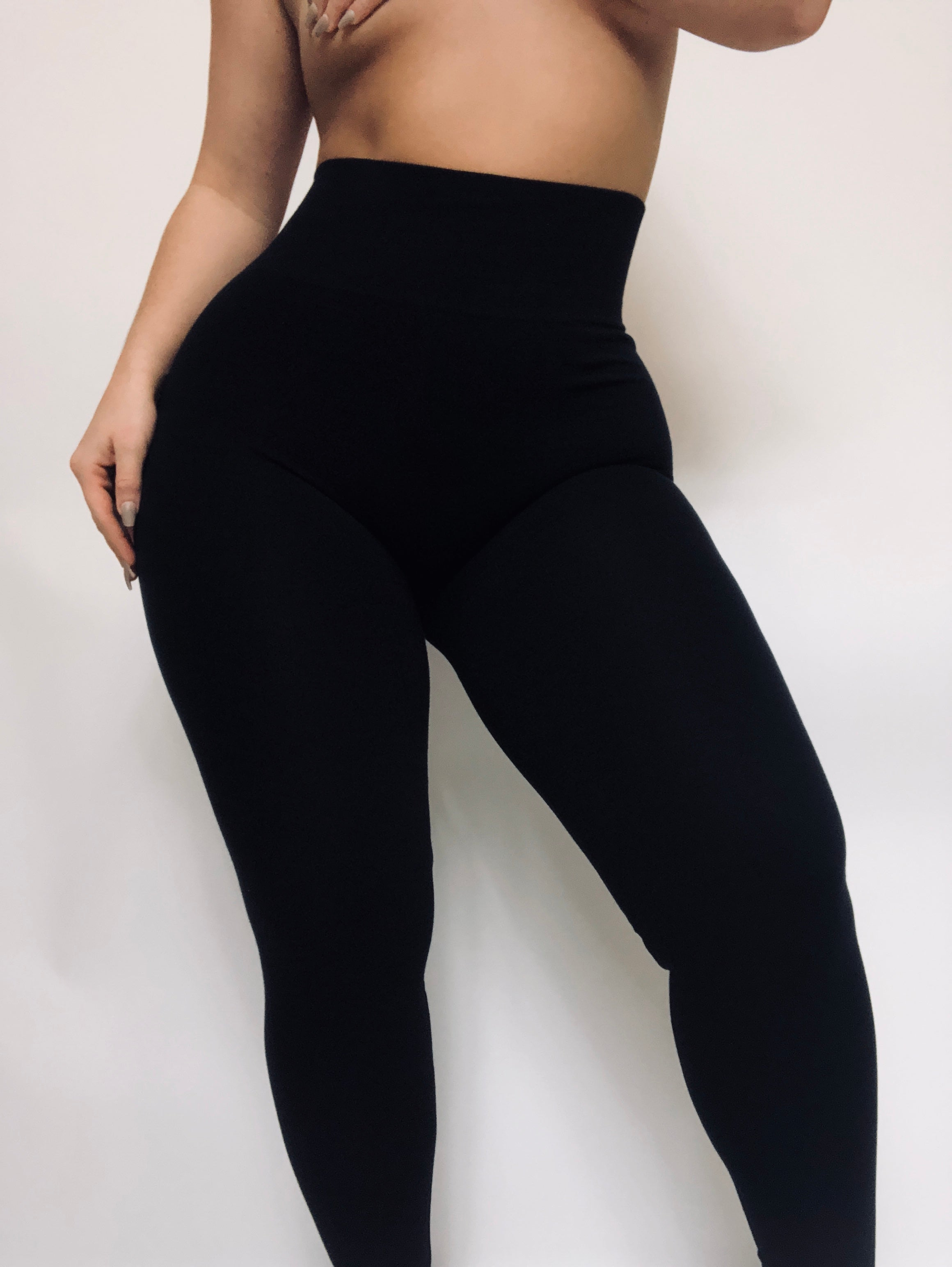 CLASSIC ULTRA HIGH WAIST LEGGING - BLACK