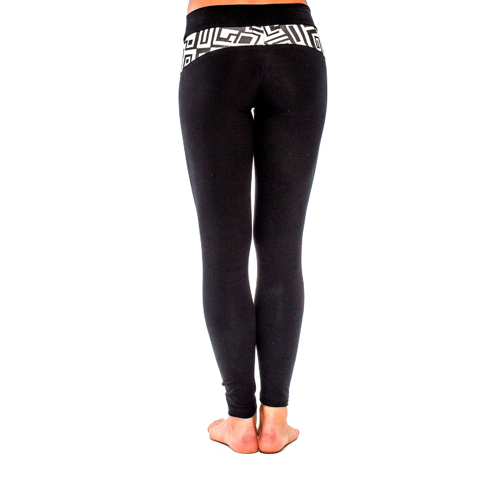 BRAZILIAN LEGGING BIG FUNK Black/White (back view) PEACEfits