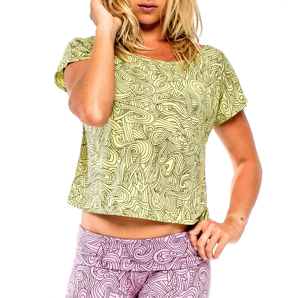 BUTTERFLY TOP Natural Myst Lime/Dark Green (front view) PEACEfits