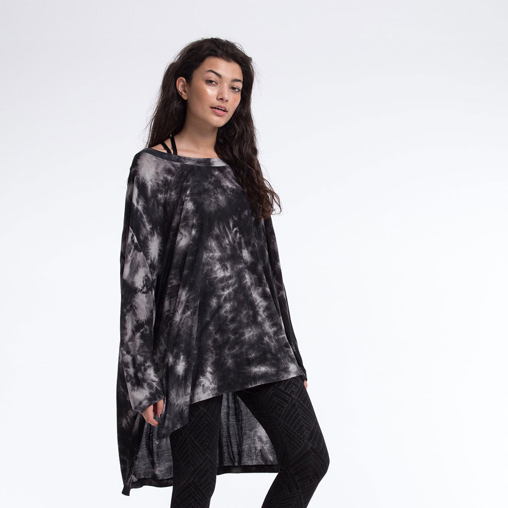 Women's Top - FREEFORM LONG SLEEVE SHIRT - Smoke Dye - Charcoal - PEACEfits