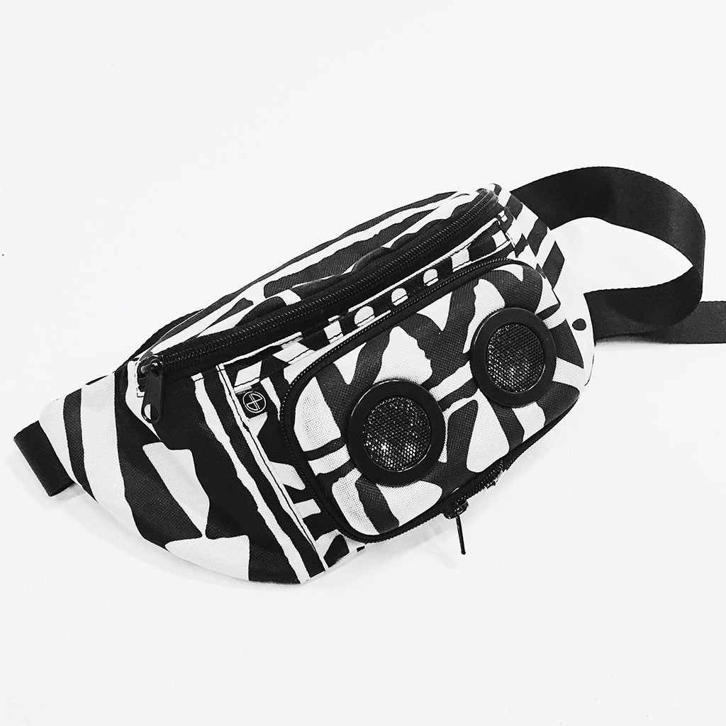 JammyPack Bluetooth Speaker Fanny Pack X-TRiBE White Black PEACE FITS
