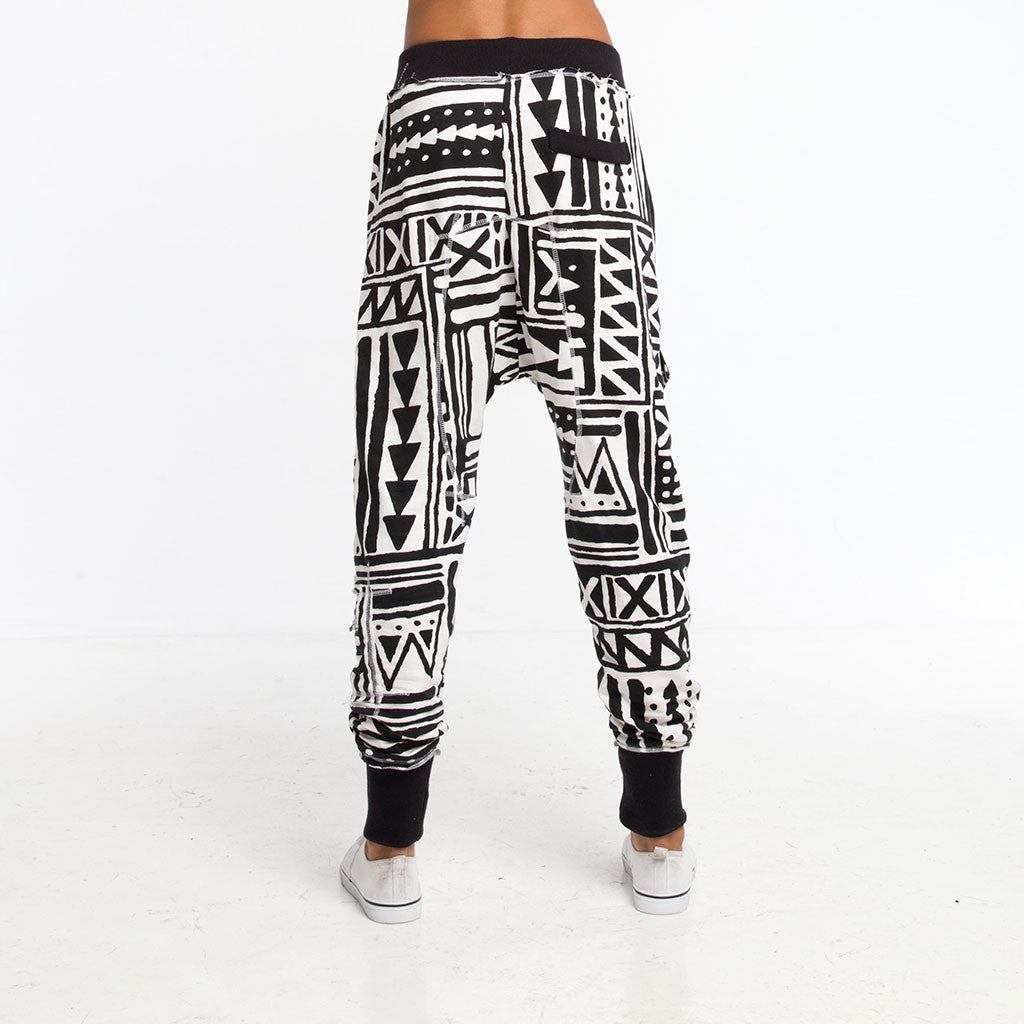 Women's Bottoms - LADY SAMURAI SWEATPANT JOGGER - X-TRiBE - White/Black - PEACEfits