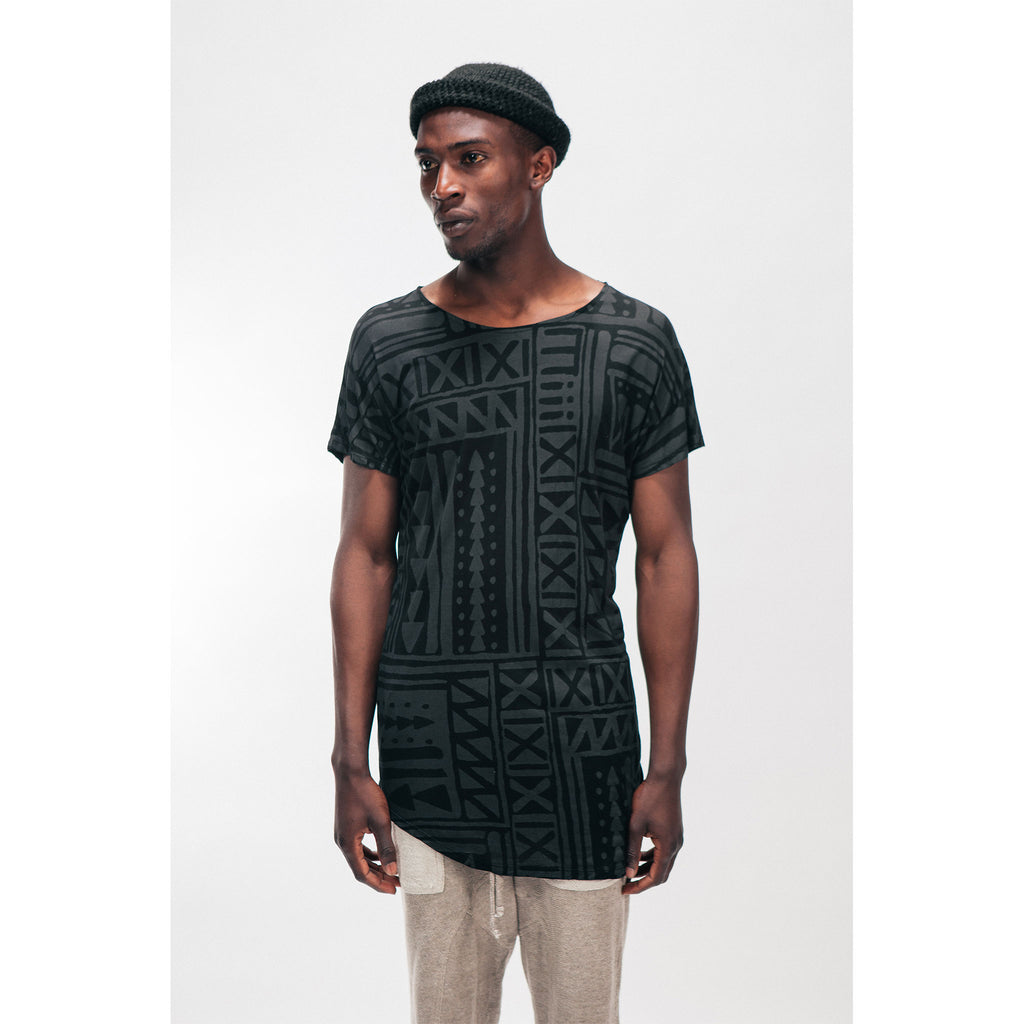 Men's Longline Single Panel Tee Shirt X-TRiBE White Black Outernational PEACE FITS