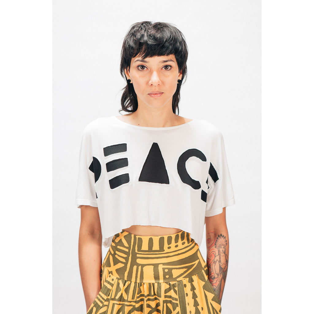 SINGLE PANEL CROP TEE [PEACE CUT OUT]