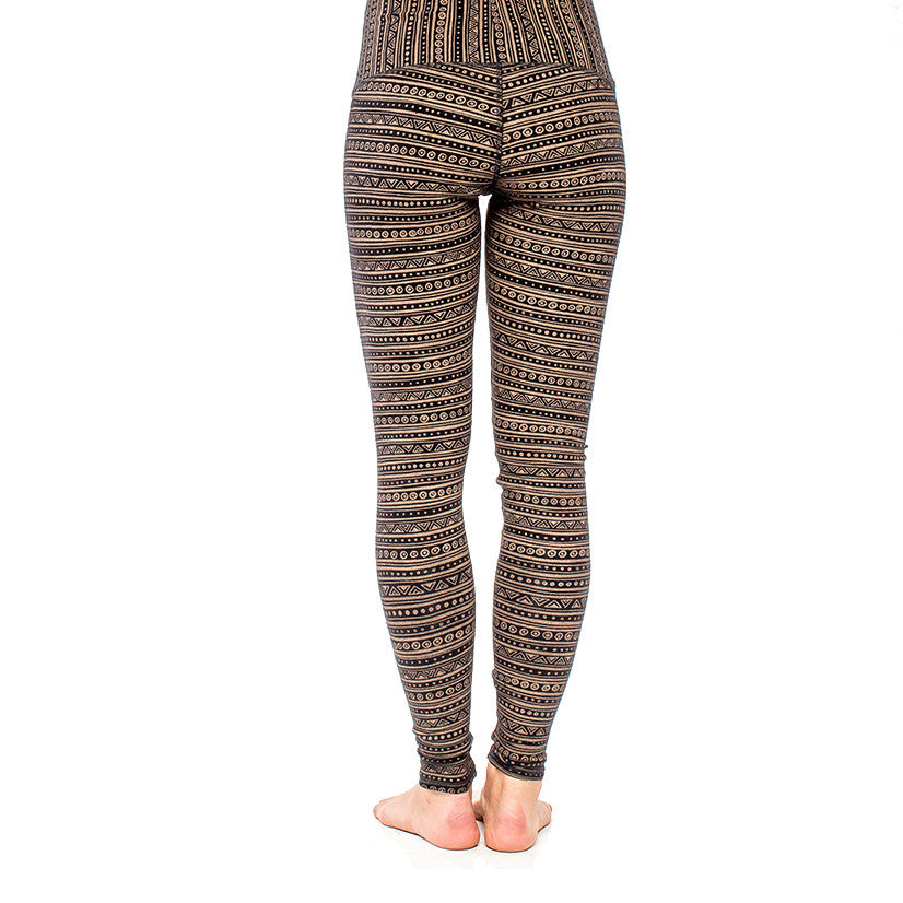 YOGA LEGGING EarthTRiBE Black/Brown (front view) PEACEfits