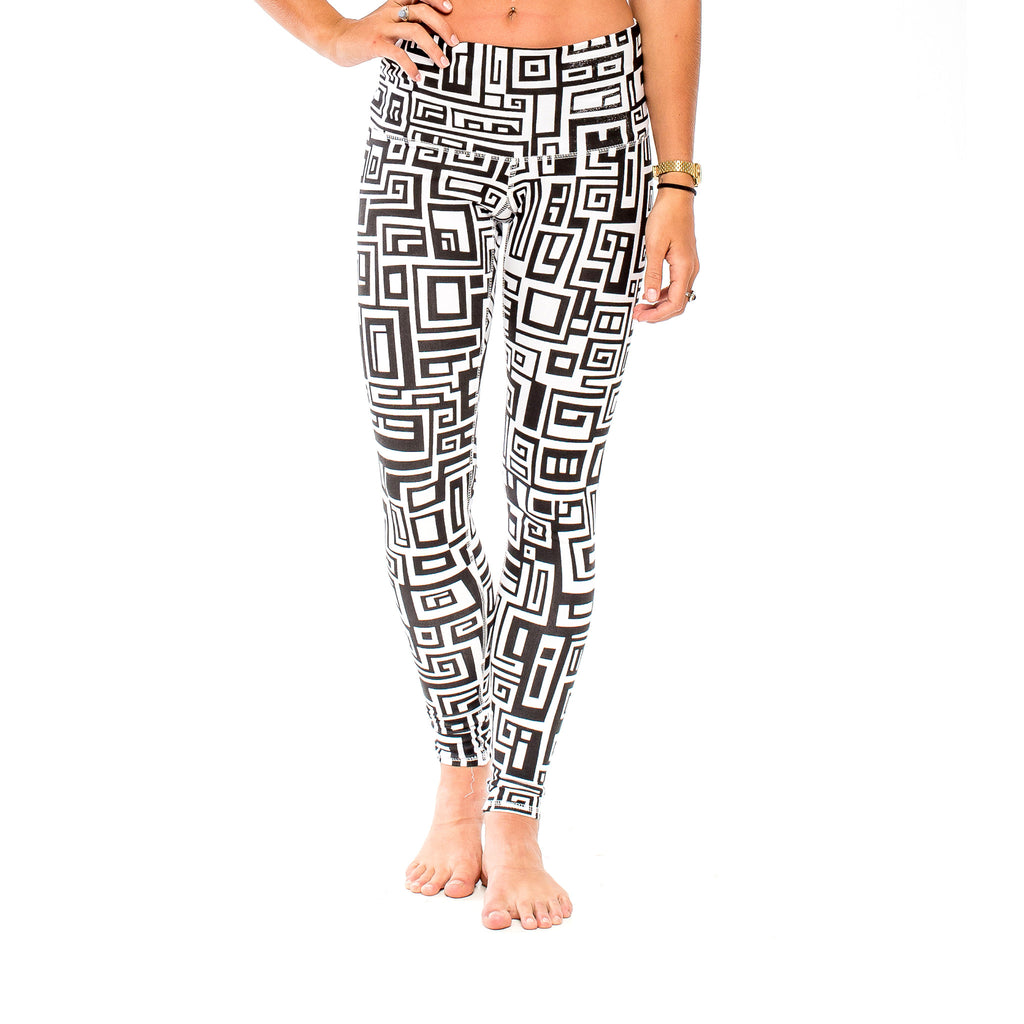 YOGA LEGGING BIG FUNK White/Black (front view) PEACEfits