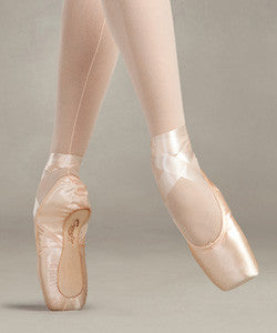 Glisse Pointe Shoe (New) - Dancer's Wardrobe