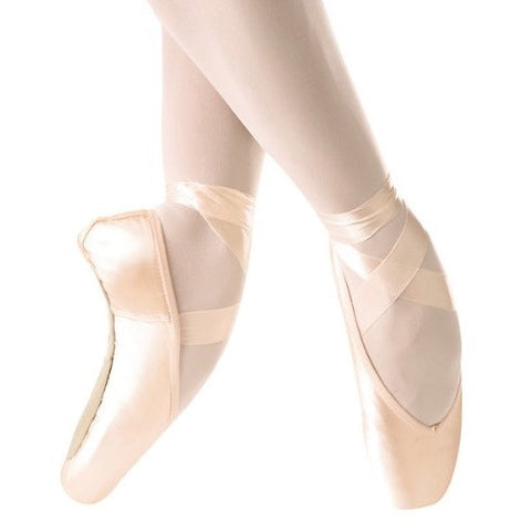 Ulanova I Pointe Shoe - Dancer's Wardrobe