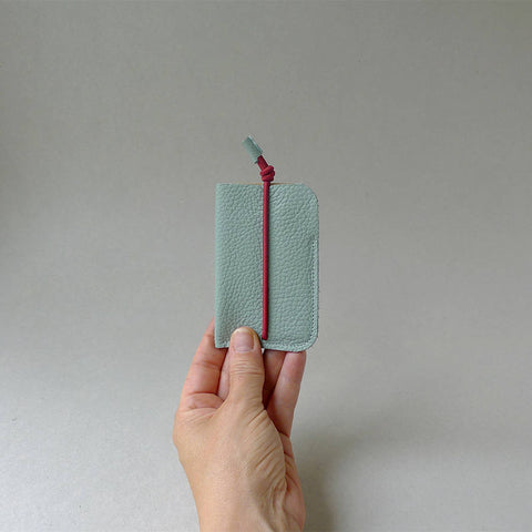 Mint Bungee Card Holder