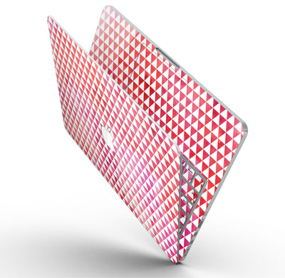 50_Shades_of_Pink_Micro_Triangles_-_13_MacBook_Pro_-_V9.jpg