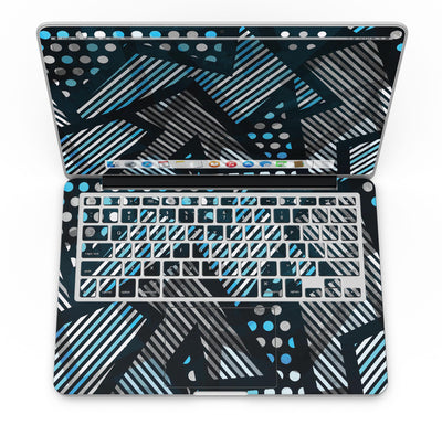 Abstract_Black_and_Blue_Overlap_-_13_MacBook_Pro_-_V4.jpg