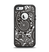 The Black & White Paisley Pattern V1 Apple iPhone 5-5s Otterbox Defender Case Skin Set