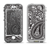 The Black and White Paisley Pattern V6 Apple iPhone 5-5s LifeProof Nuud Case Skin Set