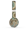 The Blue and Green Overlapping Circles Skin Set for the Beats by Dre Solo 2 Wireless Headphones
