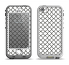 The Dark Gray & White Seamless Morocan Pattern Apple iPhone 5-5s LifeProof Nuud Case Skin Set