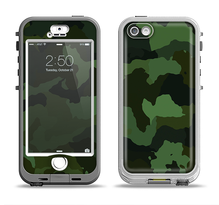 The Dark Green Camouflage Textile Apple iPhone 5-5s LifeProof Nuud Case Skin Set