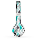 The Graytone Diamond Pattern with Teal Highlights Skin Set for the Beats by Dre Solo 2 Wireless Headphones