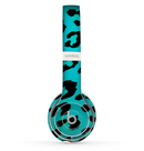 The Hot Teal Vector Leopard Print Skin Set for the Beats by Dre Solo 2 Wireless Headphones