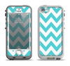 The Subtle Blue & White Chevron Pattern Apple iPhone 5-5s LifeProof Nuud Case Skin Set