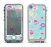 The Subtle Blue with Pink Treats Apple iPhone 5-5s LifeProof Nuud Case Skin Set