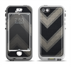 The Two-Toned Dark Black Wide Chevron Pattern Apple iPhone 5-5s LifeProof Nuud Case Skin Set
