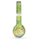 The Vibrant Green Outlined Floral Skin Set for the Beats by Dre Solo 2 Wireless Headphones