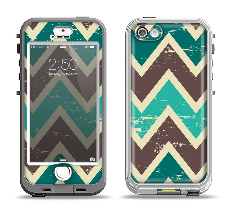 The Vintage Green & Tan Chevron Pattern V3 Apple iPhone 5-5s LifeProof Nuud Case Skin Set