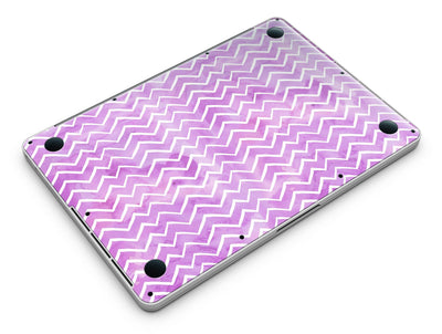 White_Chevron_Over_Purple_Grunge_Surface_-_13_MacBook_Pro_-_V6.jpg