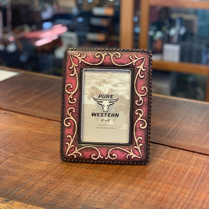 P9S1906GFT Rose Scroll Picture Frame