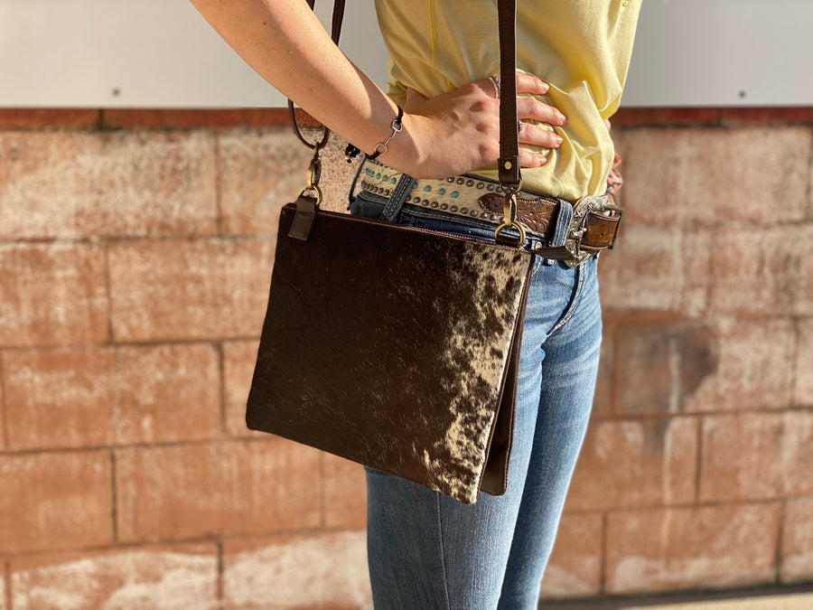 A0064-2 COWHIDE CLUTCH DOUBLE